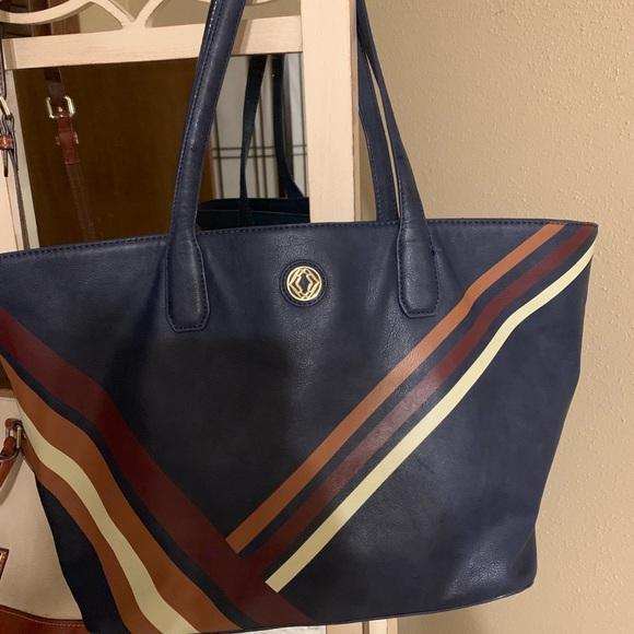 2b9e8714ef7ff Bags | Dillards Tote | Poshmark